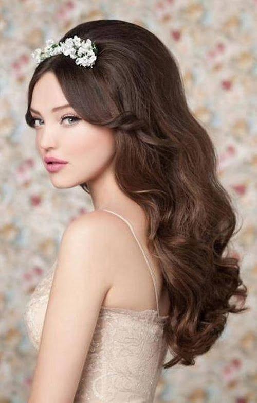 Coafură pentru femei cu părul lung, Foto: weddingsbytheaddison.com