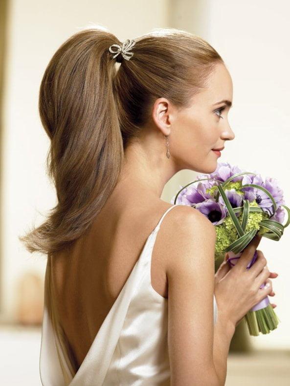 Coafură elegantă, tinerească, Foto: bridalloft.wordpress.com