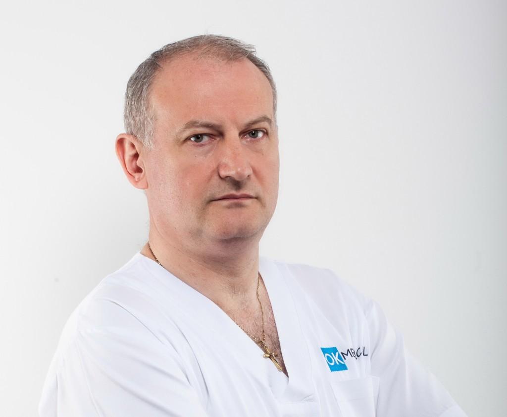 doctor-medic-dan-andronesi