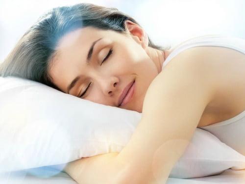 L-triptofan pentru un somn liniștit, Foto: aloewellnessdc.com