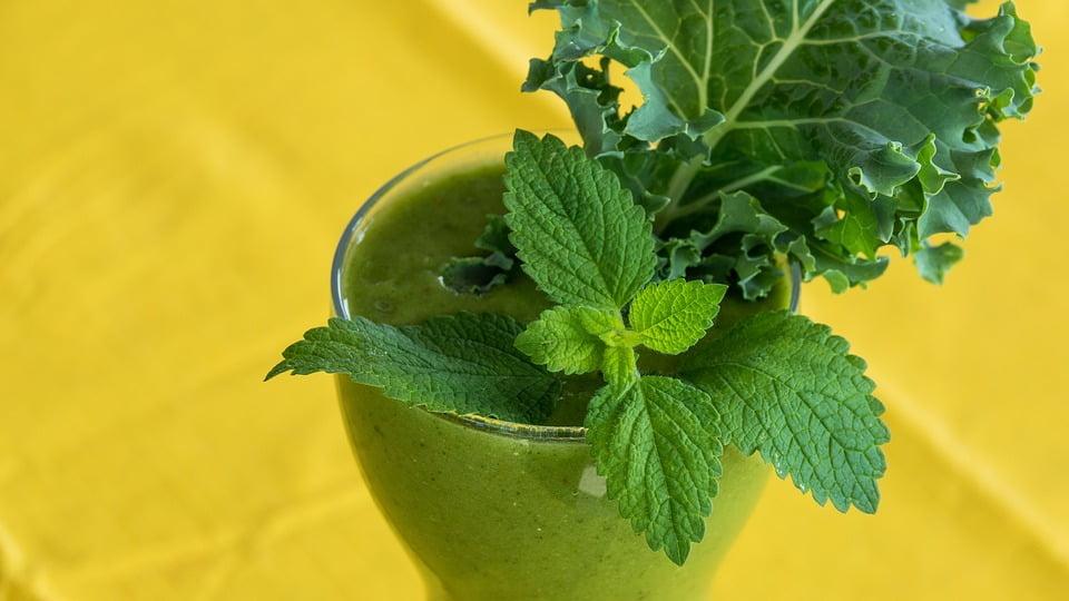 6-suc-din-plante-aromatice