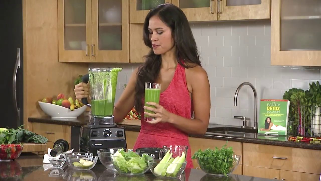 1-glowing-green-smoothie