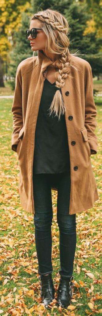 Coafură pentru păr lung împletit în codiță, Foto: fashionbeautyandstyle.info