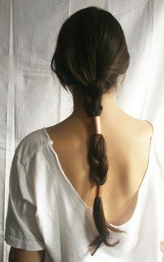 Coafură pentru păr lung, Foto: curiousandcatcat.blogspot.ro