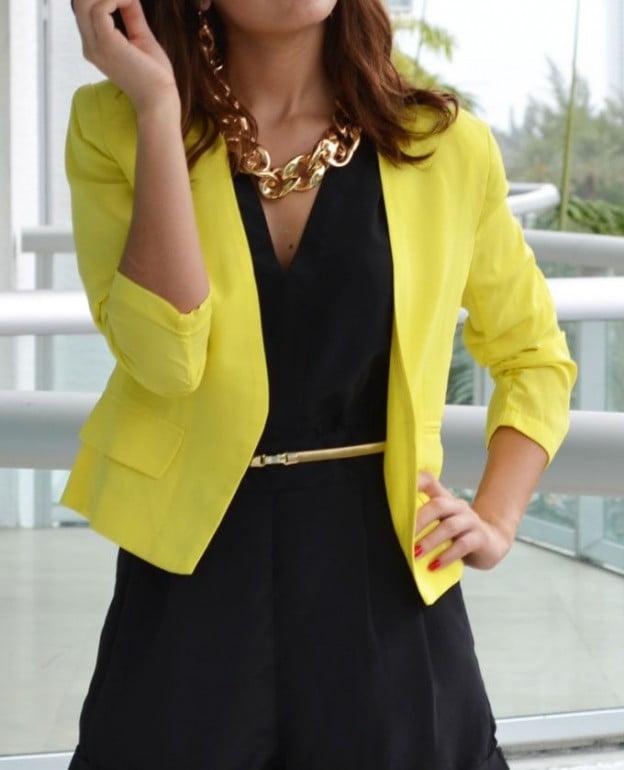 Sacou galben elegant, Foto: haya-online.com