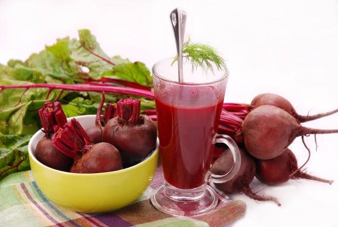 Suc natural de sfeclă roșie, Foto: saude.culturamix.com