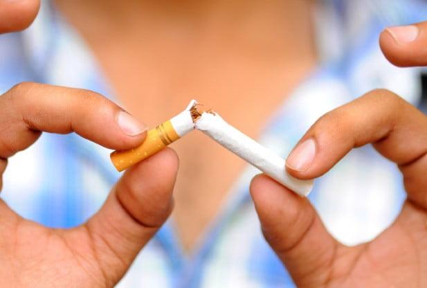 Fumatul poate fi un factor de risc al dezvoltării cancerului, Foto: cigaretteshere.typepad.com