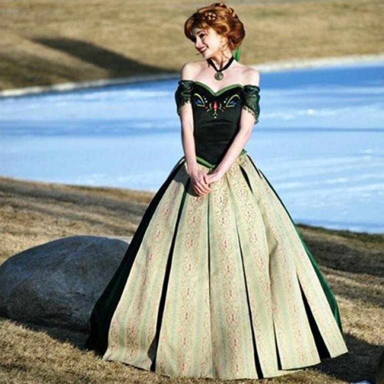 Sarah Ingle - Prințesa Anna, Foto: anandabazar.com