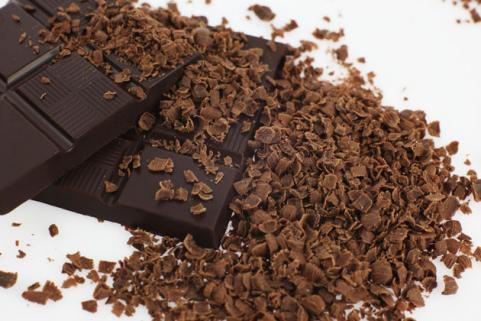 Ciocolata neagră consumată în cantitate moderată are beneficii pentru sănătate, Foto: fittrends.ru
