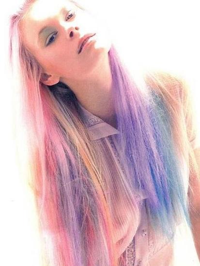 Coafură în nuanțe pastelate, Foto: classic-hairstyles.com
