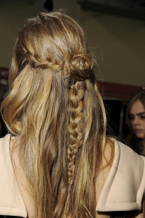 Coafură în tendințele modei, Foto: glamourparis.com