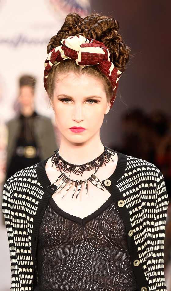 Coafură cu împletituri, Foto: styleuneed.com