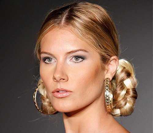 Coafură cu părul împletit, Foto: vorobiov.com