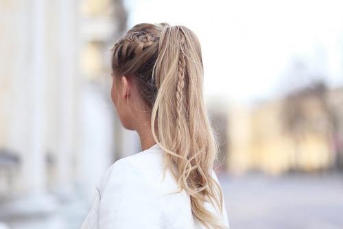 Coafură cu părul prins în codiță, Foto: weheartit.com