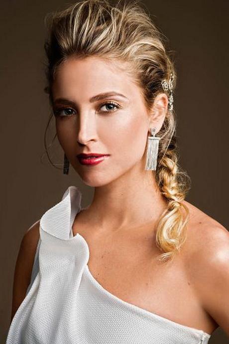 Coafură deosebită, Foto: carmilya.com