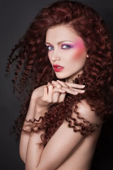 Coafură elegantă pentru păr lung, Foto: fashionbank.ru