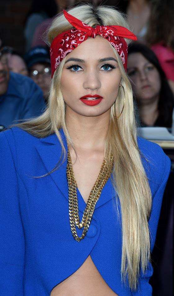 Coafură pentru păr lung, blond, Foto: styleuneed.com