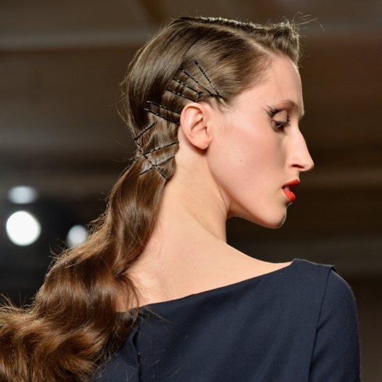 Coafură pentru păr lung, colecția Zac Posen, Foto: alancoban.com.au