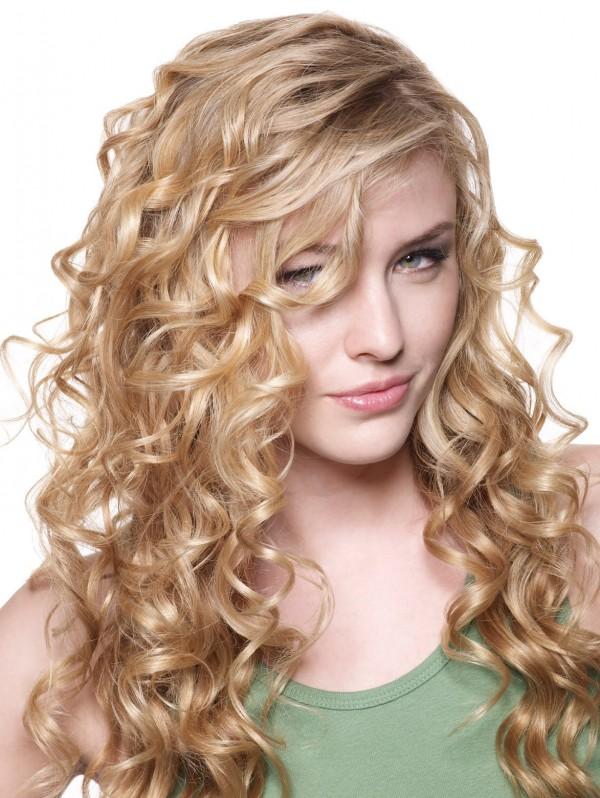 Coafură pentru păr lung, cu bucle, Foto: tophairstyletips.com