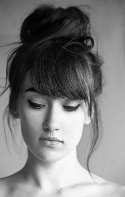 Coafură pentru păr mediu și lung, Foto: classic-hairstyles.com