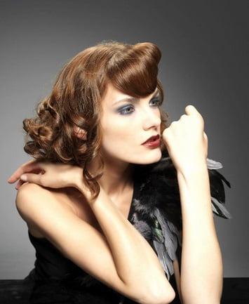 Coafură romantică în stil retro, Foto: sofeminine.co.uk