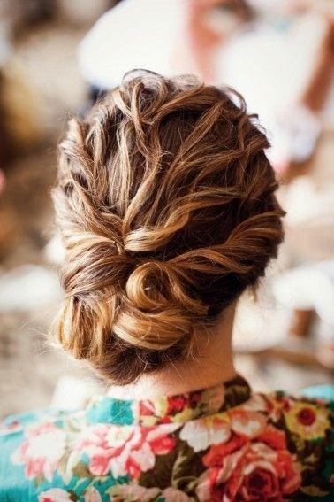 Coafură romantică, Foto: pophaircuts.com