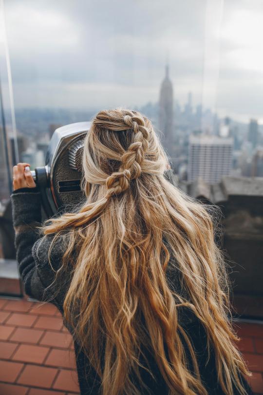 Coafură simplă, de zi, pentru păr lung, Foto: thacrazygirlkaty.tumblr.com