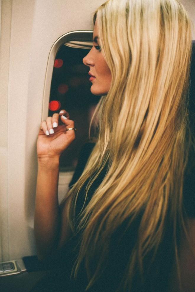 Coafură simplă pentru păr lung, Foto: thefashiontag.com