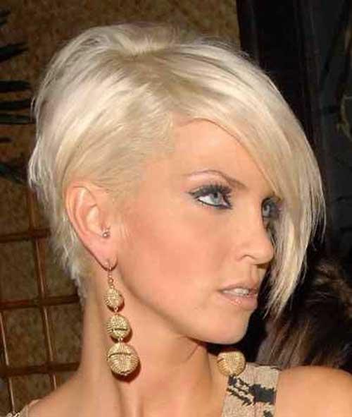 Coafură asimetrică pentru păr blond, Foto: wavygirlhair.com