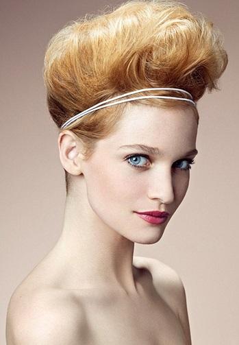 Coafură cu părul tapat, frumos coafat 1, Foto: school120.ru