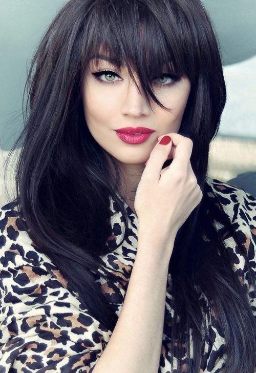 Coafură pentru femei cu părul negru, Foto: intensegrow.com