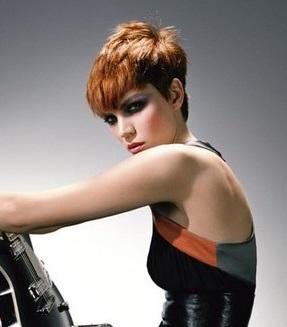 Coafură pentru păr scurt roșcat, Foto: virtualmakeover.ru