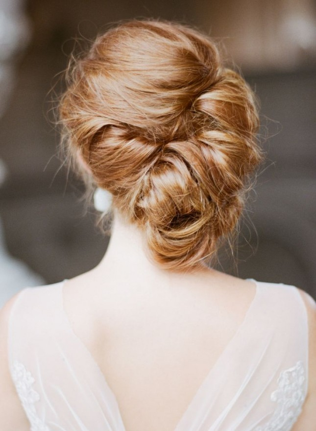 Coafură updo, Foto: brit.co