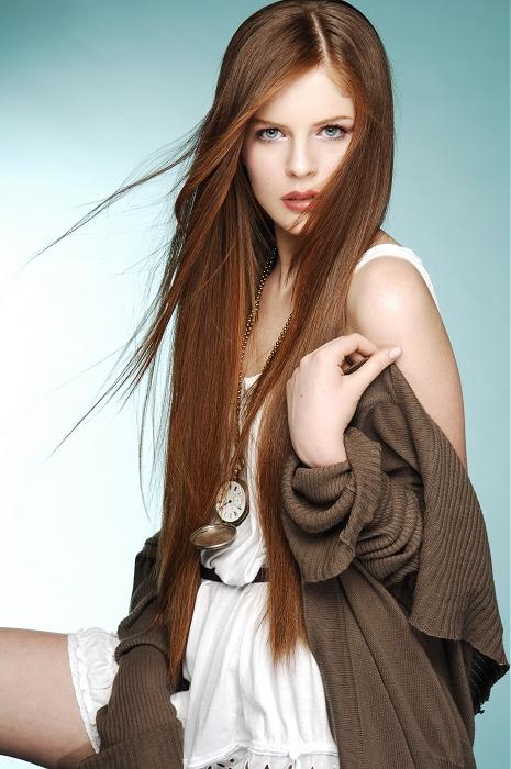 Coafura pentru păr lung și drept, Foto: hair-photo.com