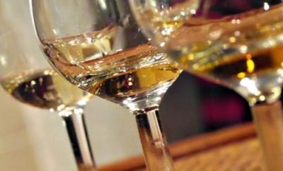 Consumul moderat de vin, Foto: ycomo.com