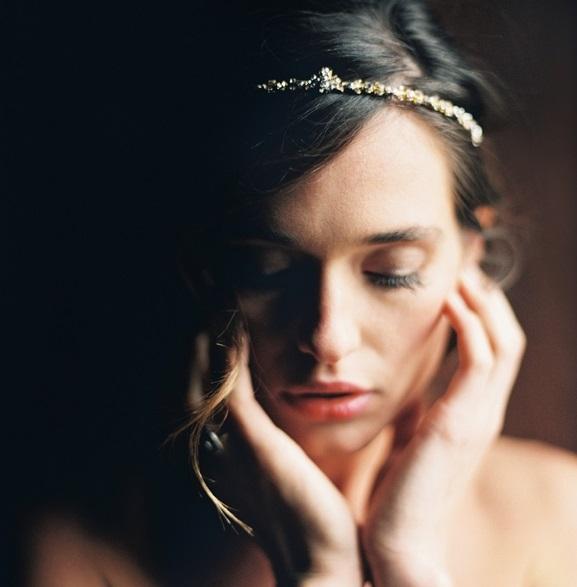 Coroniță de mireasă în tendințele modei din anul 2016, Foto: lauragordonblog.com