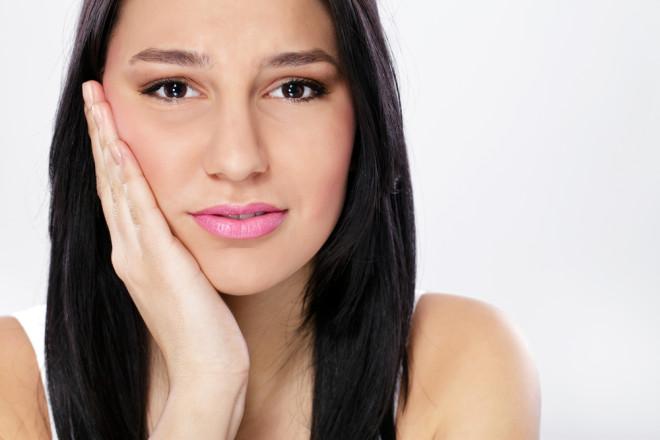 Durere la obraz după intervenţia stomatologică, Foto: wisdomteethonly.com