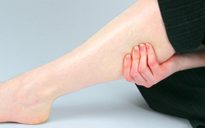 Dureri de picioare în zona gambei, Foto: newsbeast.gr