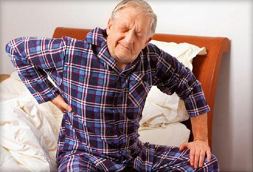 Dureri în zona lombară a coloanei datorate înaintării în vârstă, Foto: advancehealthcare.com.au