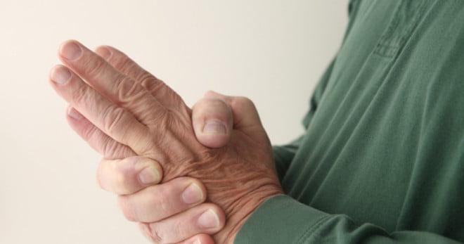 Furnicături în mâna stângă, Foto: answers.com