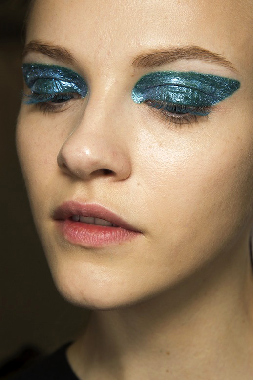 Glitter albastru, Foto: lefashion.com
