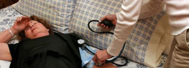 Hipotensiunea arterială ortostatică, simptome de amețeală și slăbiciune generală, Foto: mowimyjak.p