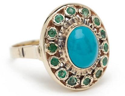 Inel cu smaralde și piatră turcoaz, Foto: shop.arikkastan.com