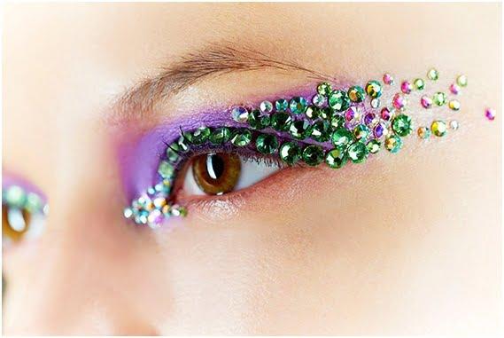 Machiaj pentru ochi căprui cu cristale Swarovski, Foto: sonniki.com