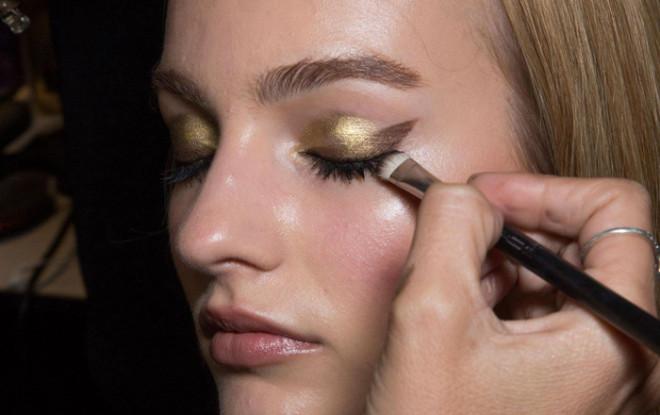 Machiaj în prezentarea de modă Ellie Saab, Foto: glambox.com.br