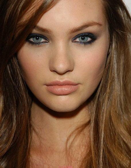 Machiaj elegant pentru femei cu ochi albaștri, Foto: aelida.com