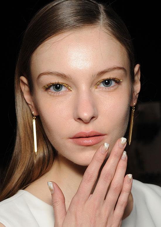 Machiaj glitter în tendințele modei din acest an, Foto: alluremakeup.fr
