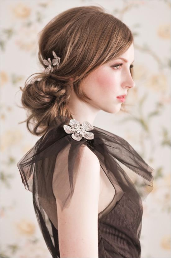 Mod interesant de prindere a părului, Foto: weddingchicks.com