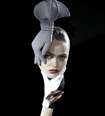 Moda Philip Treacy, Foto: irishcentral.com