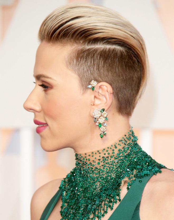 Piercing de ureche la Scarlett Johansson, Foto: beststylo.com